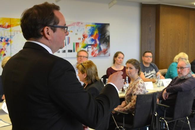 Oberbürgermeister Thomas Kufen lud die Mitglieder der Runden Tische zu einem Gespräch ins Essener Rathaus ein.