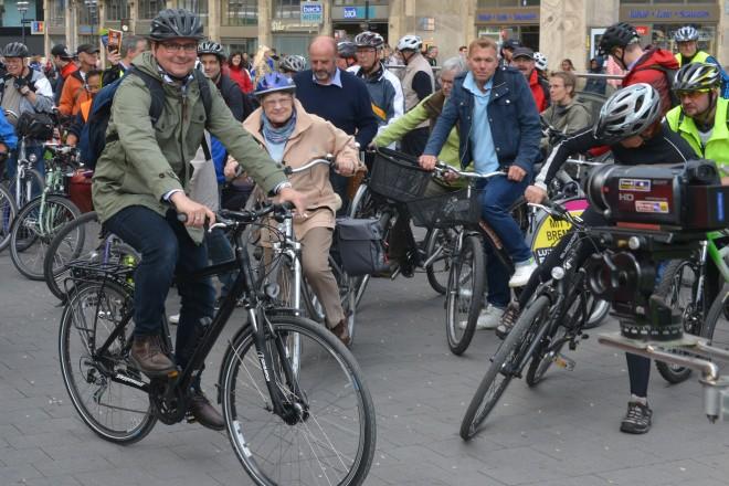 Radtour mit Oberbürgermeister Thomas Kufen