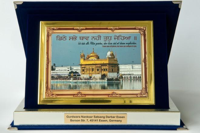 Auszeichnung der Essener Sikh-Gemeinde an Oberbürgermeister Thomas Kufen.