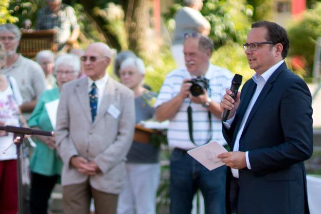 Oberbürgermeister Thomas begrüßt die Gäste zum 20 jähriges Bestehen des Freundeskreis Gruga Foto: Ulrich Hohmann