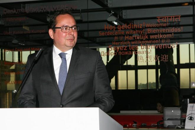 Oberbürgermeister Thomas Kufen eröffnet die Ausstellung der kultur-und naturhistorischen Sammlung im Ruhr Museum © Ruhr Museum / Foto: Rainer Rothenberg