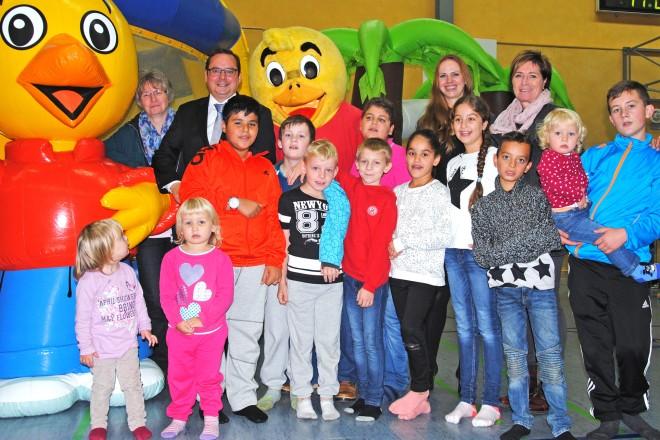 Oberbürgermeister Thomas Kufen besucht die Eröffnungsveranstaltung der VKJ Herbstferientour