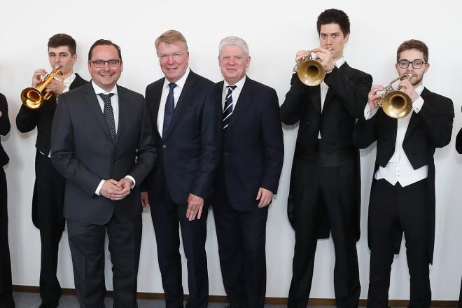 Oberbürgermeister Thomas Kufen besucht die Premiere von Le Prophéte im Rahmen der TUP-Festtage Kunst