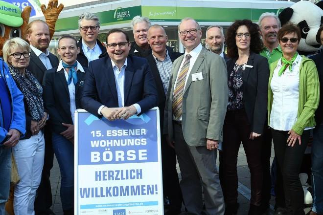 Oberbürgermeister Thomas Kufen eröffnet die 15.Essener Wohnungsbörse