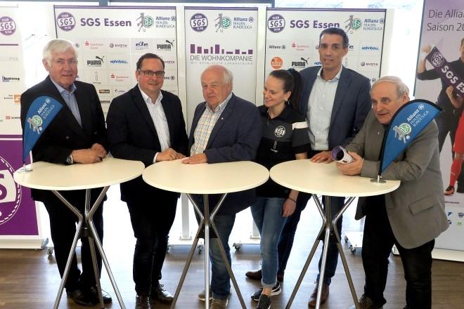 Steilpass! Der SGS-Erstligatalk v.l.nr: Klaus Diekmann, Oberbürgermeister Thomas Kufen, Willi Wißing, Irini Ioannidou, Dirk Rehage, Ulrich Meyer