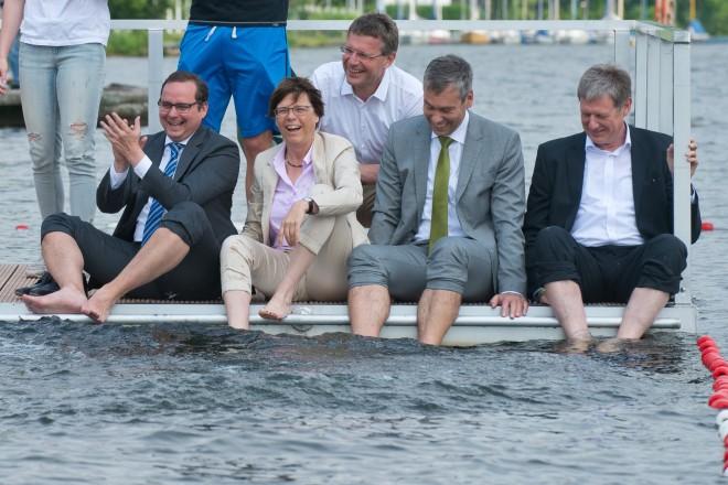 Der Profischwimmer Christian Keller gehört zu den Ersten, die das Baden in der Ruhr erproben.