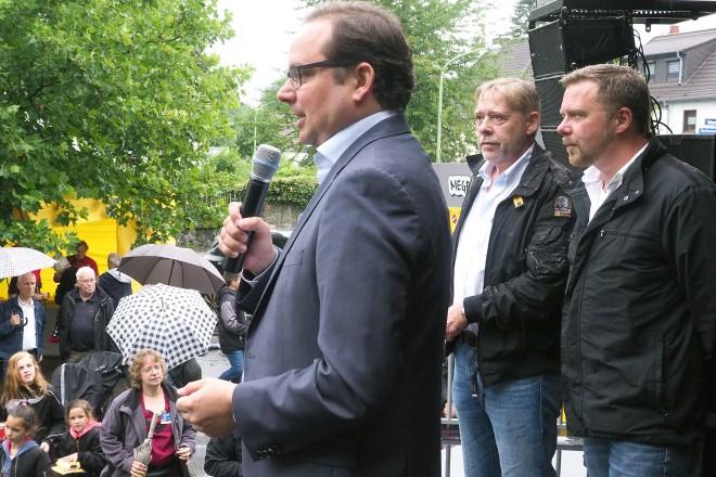 Oberbürgermeister Thomas Kufen eröffnet das Brunnenfest in Stoppenberg