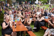 1. Essener Open Air ScienceSlam + Beat im Stadtgarten.