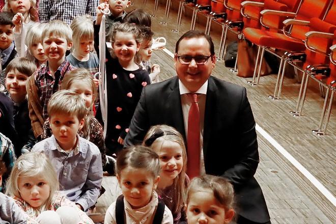 Oberbürgermeister Thomas Kufen besucht den Philharmonietag der Folkwang Musikschule