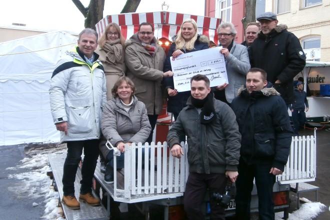 Oberbürgermeister Thomas Kufen eröffnet den 5.Freisenbrucher Weihnachtsmarkt