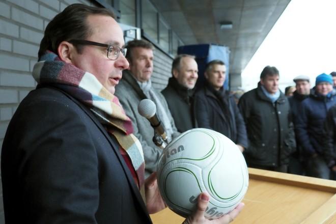 Oberbürgermeister Thomas Kufen eröffnet die Sportanlage Krupp-Park