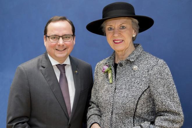 Ihre Königliche Hoheit Prinzessin Benedikte zu Dänemark und Oberbürgermeister Thomas Kufen bei der Eröffnung der IPM Essen, der Weltleitmesse des Gartenbaus.