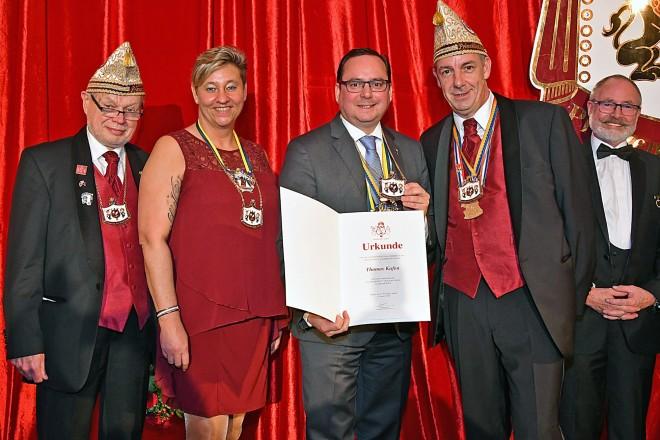 Verleihung des Förderordens des Prinzenrats an Oberbürgermeister Thomas Kufen