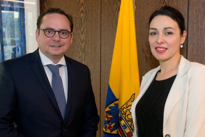 Oberbürgermeister Thomas Kufen empfängt die serbische Generalkonsulin Branislava Perin Jaric.