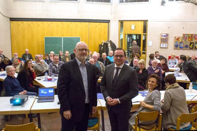 Oberbürgermeister Thomas Kufen besucht die Bürgerverssammlung BIGWAM e.V.