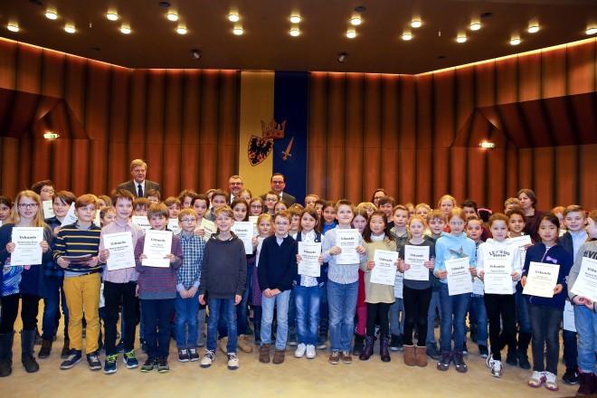 Siegerehrung Mathematikwettbewerb der Grundschulen.