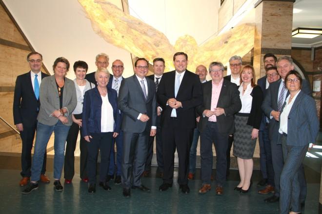 Foto: Gemeinsame Verwaltungsvorstandssitzung der Städte Essen und Oberhausen
