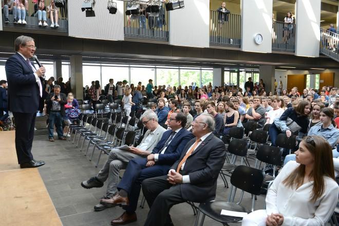 Gesprächsforum im Mariengymnasium Werden mit Ministerpräsident Armin Laschet
