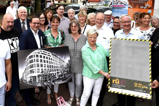 Oberbürgermeister Thomas Kufen eröffnet die 4. Rüttenscheider Kunstmeile