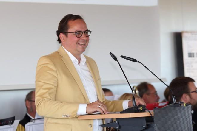 Oberbürgermeister Thomas Kufen spricht Grußworte beim 13.Deutschen Bergmanns-,Hütten und Knappentag