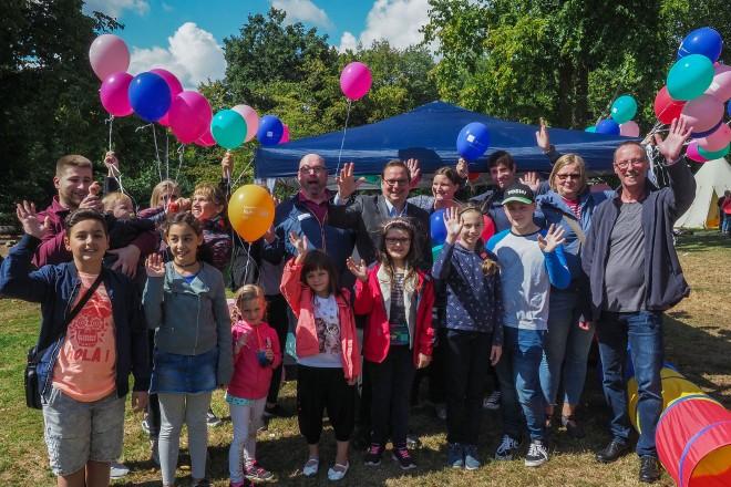 Oberbürgermeister Thomas Kufen besucht das 26.Krayer Kinderfest im Volksgarten Kray