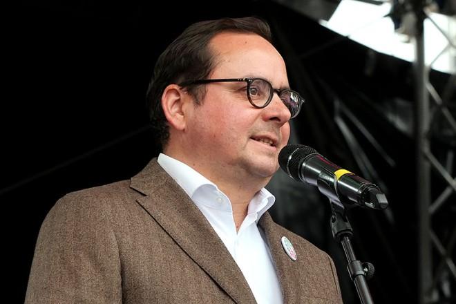 Oberbürgermeister Thomas Kufen bei der Eröffnung von Arche Noah