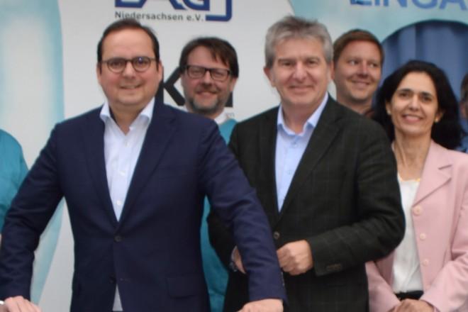 """Oberbürgermeister Thomas Kufen beim """"Tag der Zahngesundheit"""" im Hotel Franz"""
