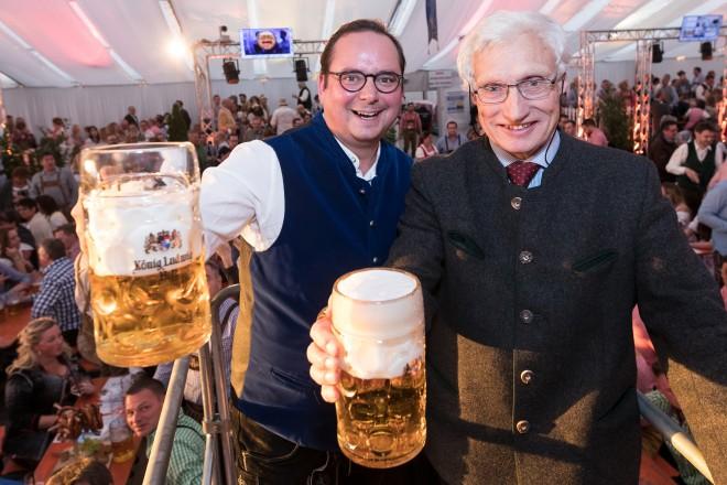 Oktoberfesteröffnung durch Oberbürgermeister Thomas Kufen und Ehrengast Prinz Luitpold von Bayern