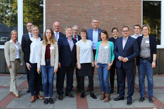 Oberbürgermeister Thomas Kufen besucht die Projekteröffnung der Katholischen Pflegehilfe