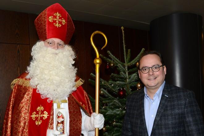 Oberbürgermeister Thomas Kufen empfängt Nikolausbesuch des BDKJ