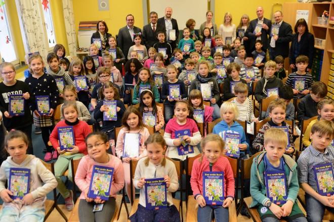 Das erste Buch Lesung und Buchübergabe an der Ludgerusschule