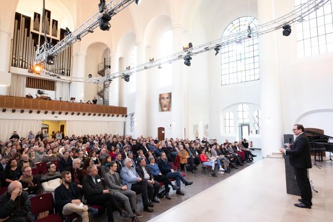 Feierliche Eröffnung des VielRespektZentrums in der Kreuzeskirche