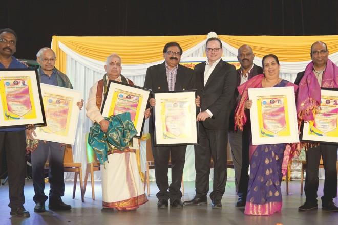 Oberbürgermeister Thomas Kufen besucht das 15. Kulturfest des Tamillischen Kultur- und Wohlfahrtsvereins.