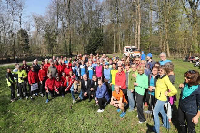 Bürgermeister Rudolf Jelinek eröffnet die Lauf-und Walking-Saison