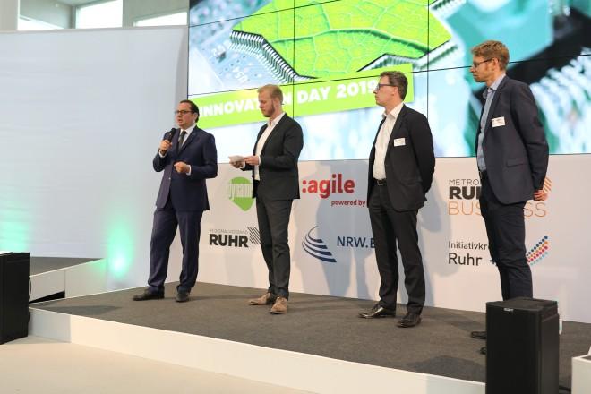 Oberbürgermeister Thomas Kufen eröffnet die Innovations Day der Buisiness Metropole Ruhr GmbH.