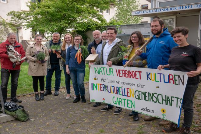 In den nächsten Wochen starten die Arbeiten zum interkulturellen Garten. Foto: Evangelischer Kirchenkreis Essen/Till Schwachenwalde