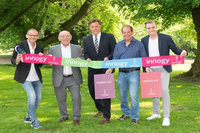 Foto: Erster Bürgermeister Rudolf Jelinek mit den Initiatoren der Veranstaltung.