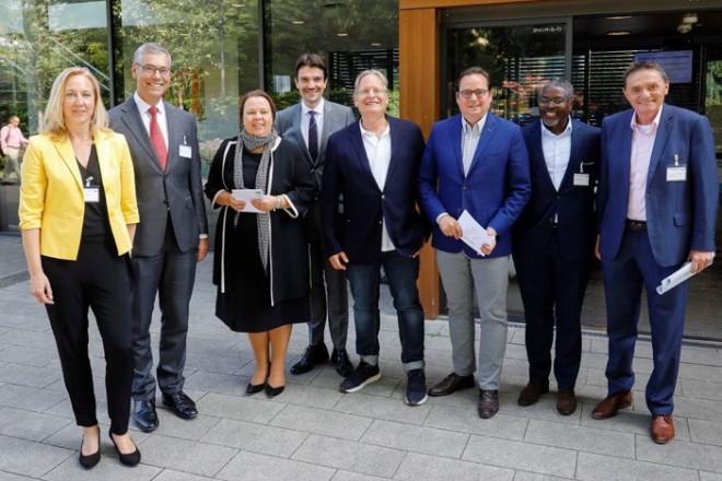 Oberbürgermeister Thomas Kufen besucht die Abschlussveranstaltung des Projektes SensiMED.