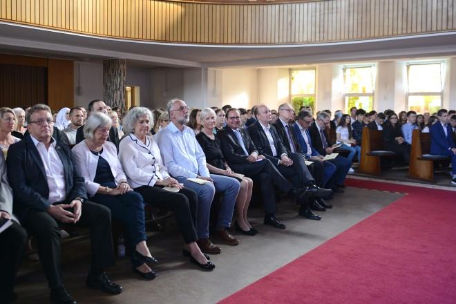 Oberbürgermeister Thomas Kufen besuchte den Festakt anlässlich des 100 jährigen Bestehen der Realschule Essen- West