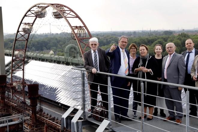 NRW-Umweltministerin Ursula Heinen-Esser stattet der Kokerei Zollverein einen Informationsbesuch a