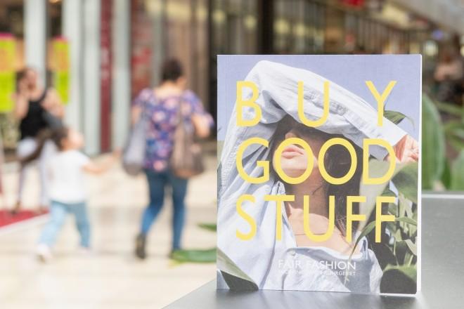 Foto: BUY GOOD STUFF. Fair Fashion Ruhrgebiet. Herausgeber: Akademe für Mode und Design