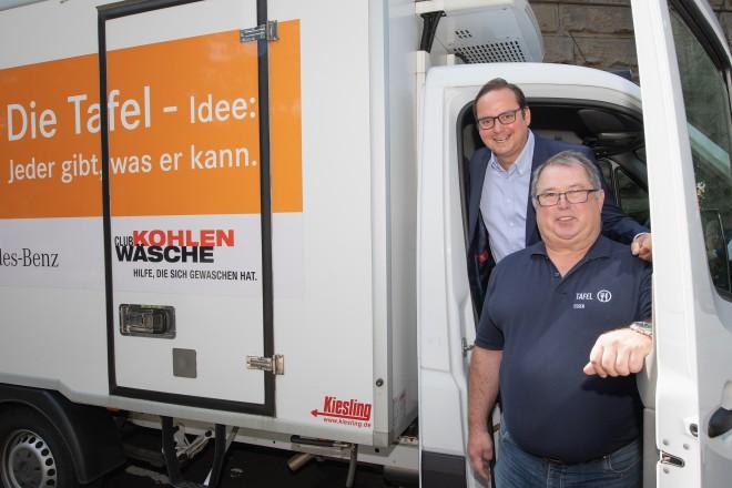Foto: Oberbürgermeister besucht Essener Tafel