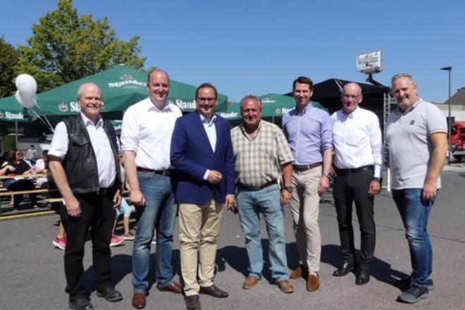 Foto: Oberbürgermeister Kufen beim Wottelfest in Essen-Heisingen