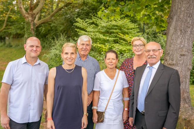 Foto: Bürgermeister Rudolf Jelinek besucht die Feier, anlässlich des 70jährigen Bestehens, des TC Rot-Weiss Essen-Steele