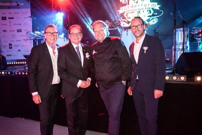 Foto: Oberbürgermeister Thomas Kufen besuchte die Abendgala anlässlich des 16. Förderturm Charity Golf Cup
