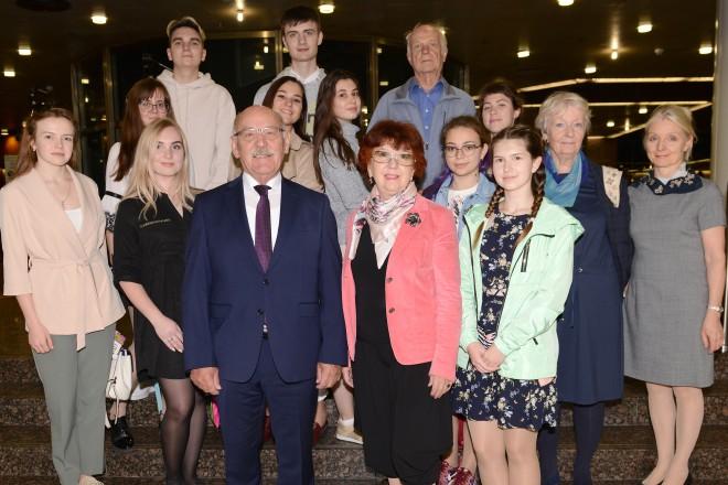 Bürgermeister Rudolf Jelinek begrüßte die Studierendengruppe aus Nischni Nowgorod.