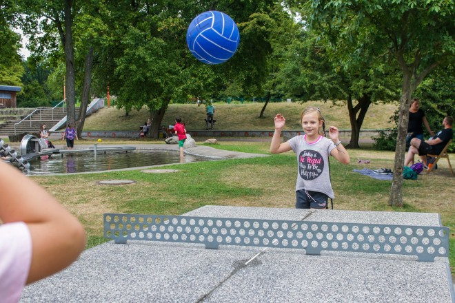 Foto:Jede Menge Spannung und Abwechslung: Zusätzlich zum Wochenprogramm können die Kinder die Spiel- und Spaßmöglichkeiten des Bürgerparks nutzen.