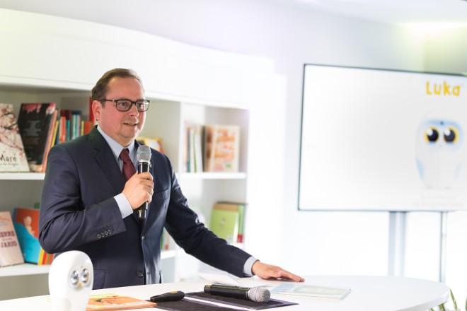 Foto: Oberbürgermeister Thomas Kufen bei der Eröffnung des Luka European Headquarter