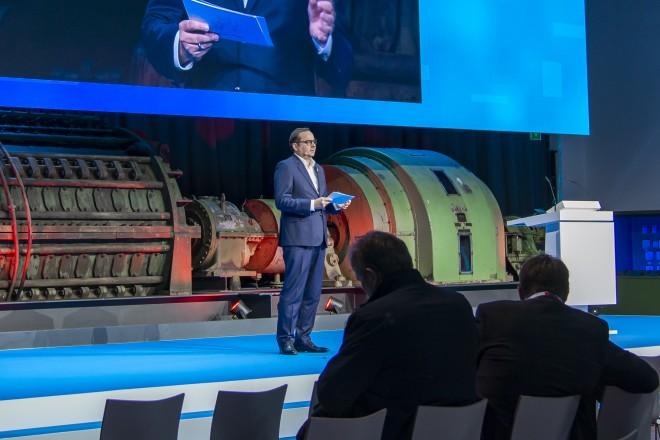Foto: Oberbürgermeister Thomas Kufen bei den Innovation Days auf Zeche Zollverein.