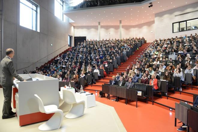 Erstsemester-Begrüßung an der Universität Duisburg-Essen